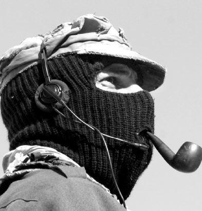 MARTES 24 DE ABRIL: VISITA LA DELEGACION SEXTA DEL EZLN RADIOBEMBA FM
